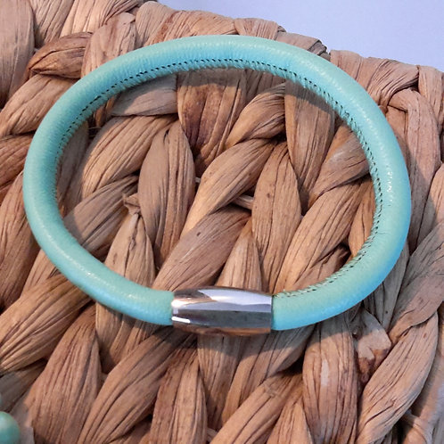 Mint leather bracelet