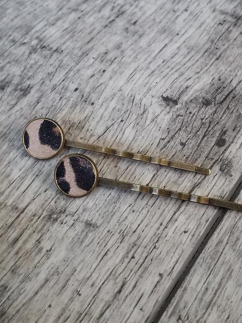 Leopard print hair pins