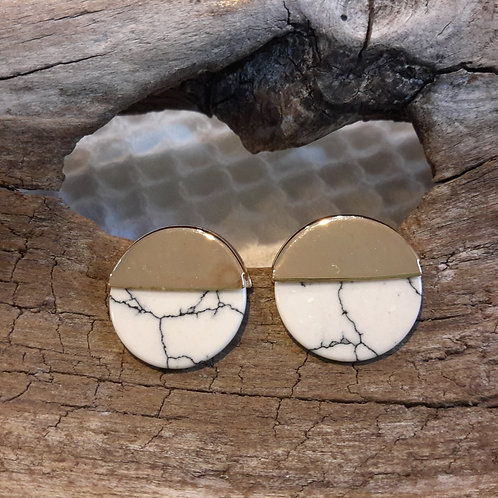 White marble studs