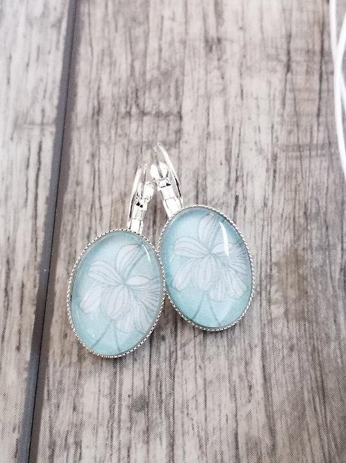 Duckegg blue ear rings
