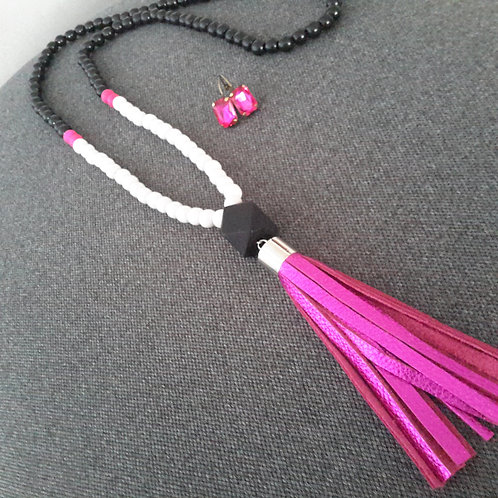 Two toned tassles