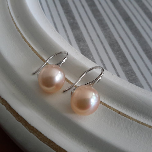 925 silver and pink pearl ear rings