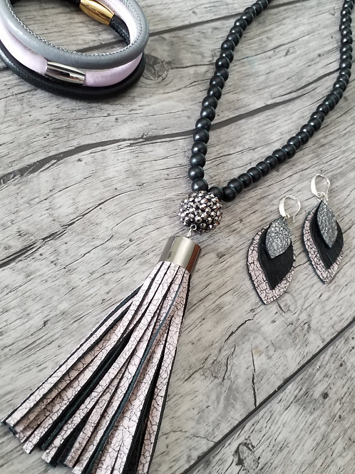 Pink crackle leather tassel necklace