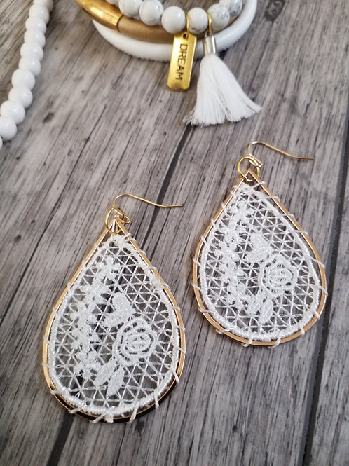 Vintage lace ear rings