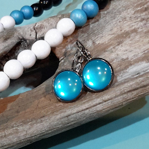 Blue shine ear rings