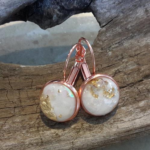 Gold spec ear rings