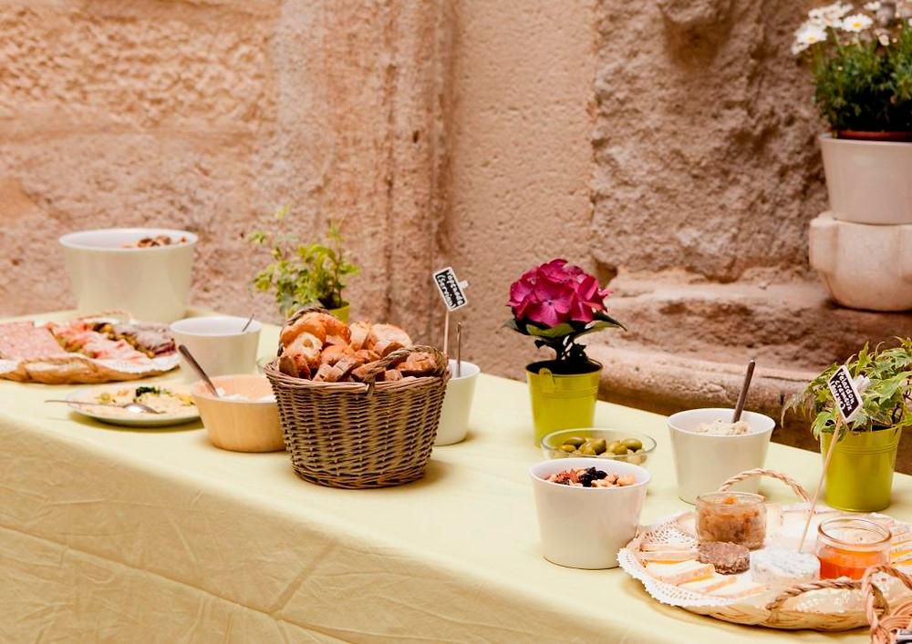 Buffet d'été à l'Hôtel Magnol Montpellier © Hôtel Magnol, A Girono
