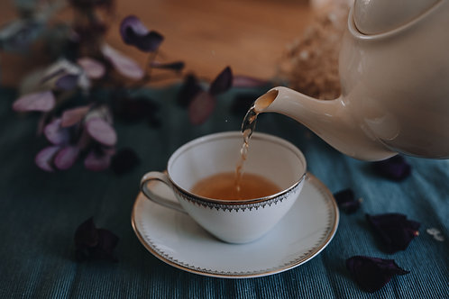 Beeldbank - TEA AND ROSE PETALS (20 foto's)