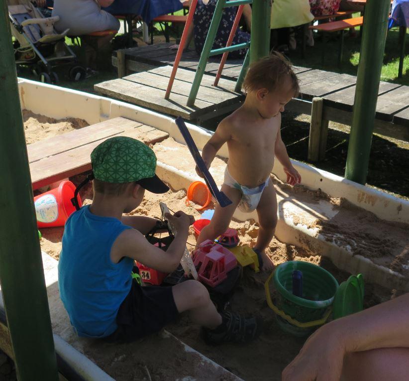 Schattenplätze für Kinder