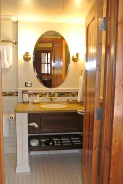 Bathroom 2-C.jpg