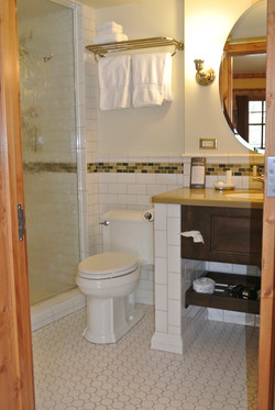 Bathroom 3-C.jpg