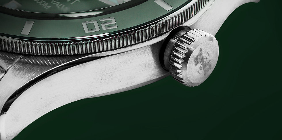 retouret-green-watch-1.jpg