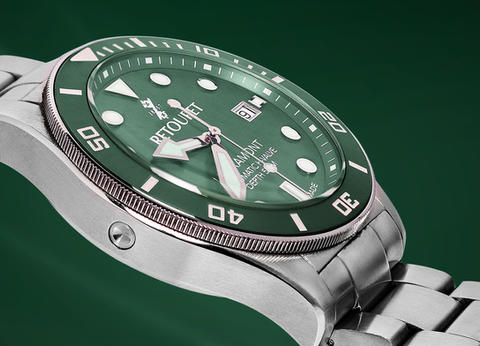 retouret-watch-green-carroussel.jpg