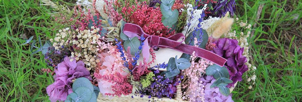 Capazo de flor preservada lila