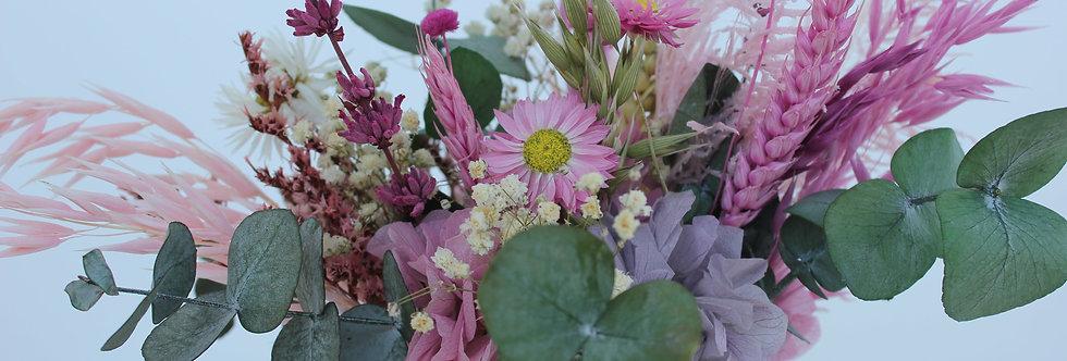Centro rosa de flor preservada lila