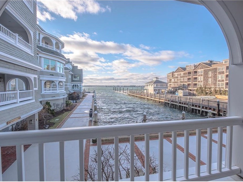 24 Brown and Howard Wharf, Unit #301