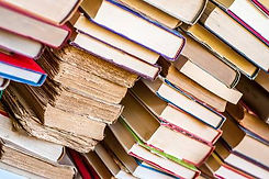 96959869-old-and-new-books-in-stacks-col
