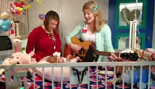 I could listen to the music therapist at Texas Children's Hospital all day! You're going to love what she captured to give this patient's family an incredible gift of their own song. Make sure to watch KPRC2 / Click2Houston at 5:45A Wednesday morning