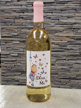 Drink me wine label