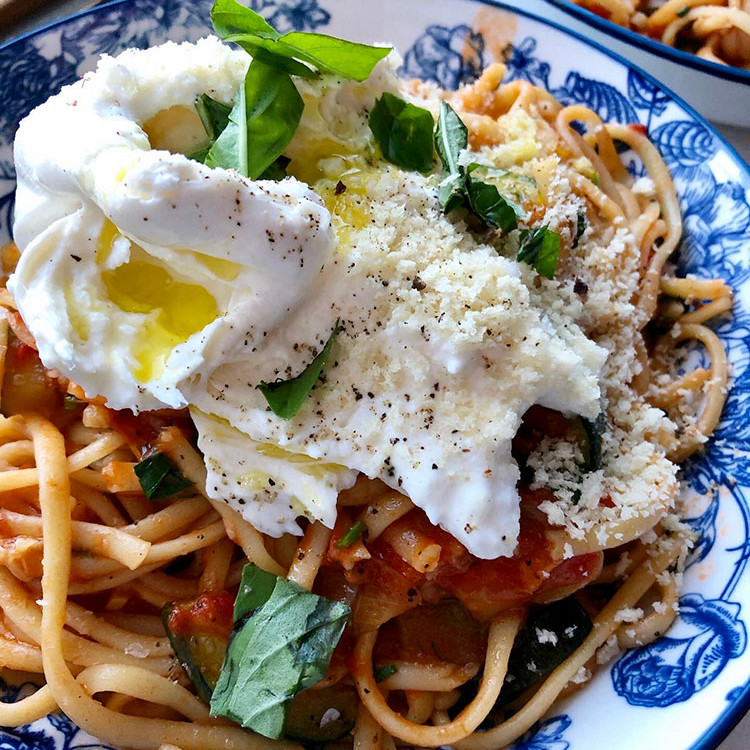CLASS - The Best Spaghetti (topped with Burrata & bread crumbs)