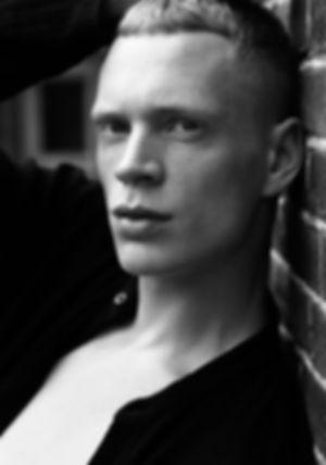 Marnevanopstal-dancer-model-agency.jpg