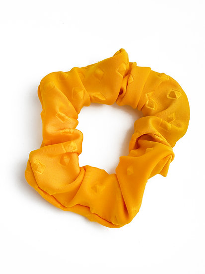 Scrunchie yayä amarilla