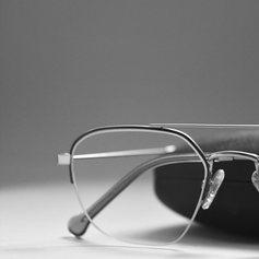 Fornitura e ordine di occhiali personalizzati