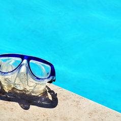 Occhialini da nuoto e maschere subacquee graduate