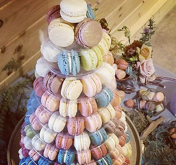 Tower of delight!_200+ #macarons for an