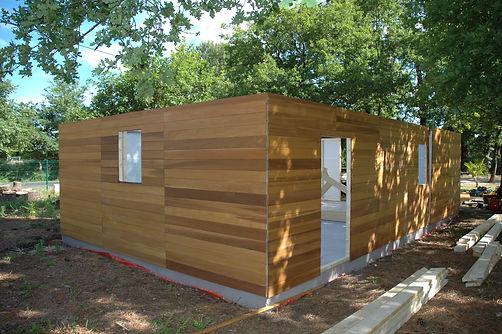 Conception et réalisation d'abris de jardin,garage et autres constructions bois
