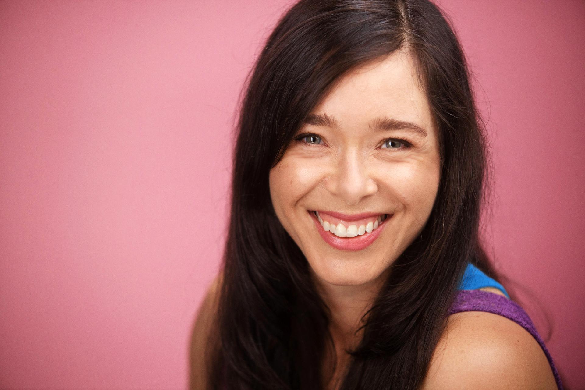 Vicki Oceguera headshot