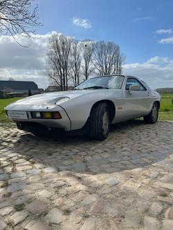 Porsche 928s 4.7 V8