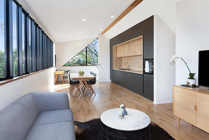 Kitchen, dining and lounge space