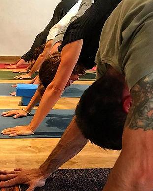clase_yoga.jpg