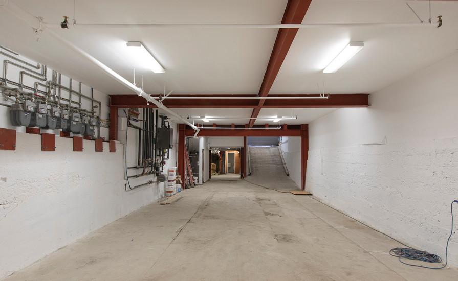 1754Mission Garage3.jpg