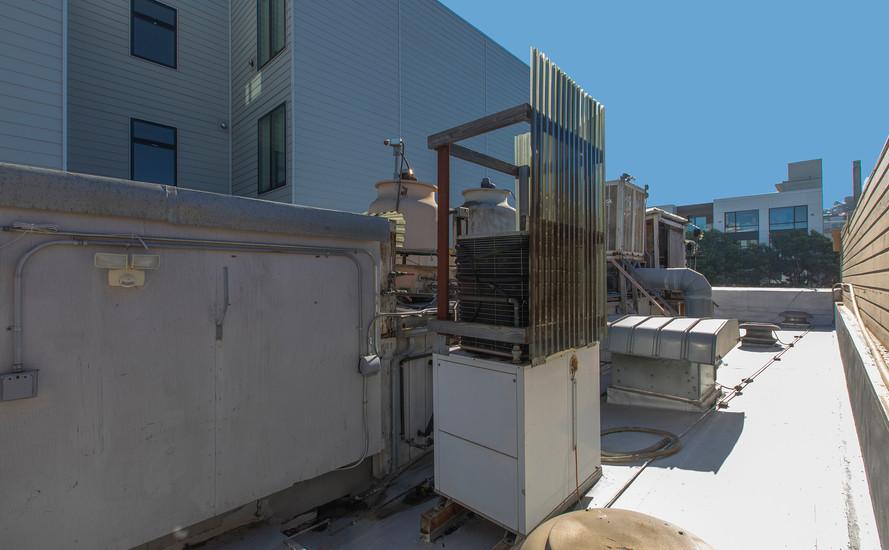 2352Lombard Roof3.jpg