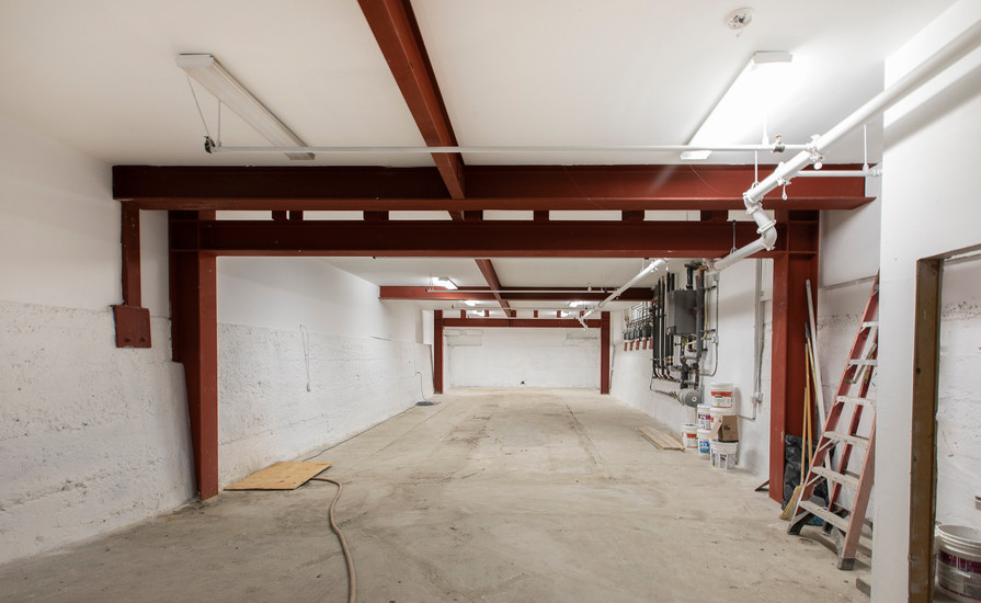 1754Mission Garage2.jpg