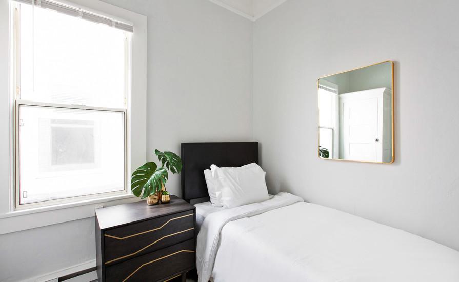 Studio Standard Bedroom 2.jpg