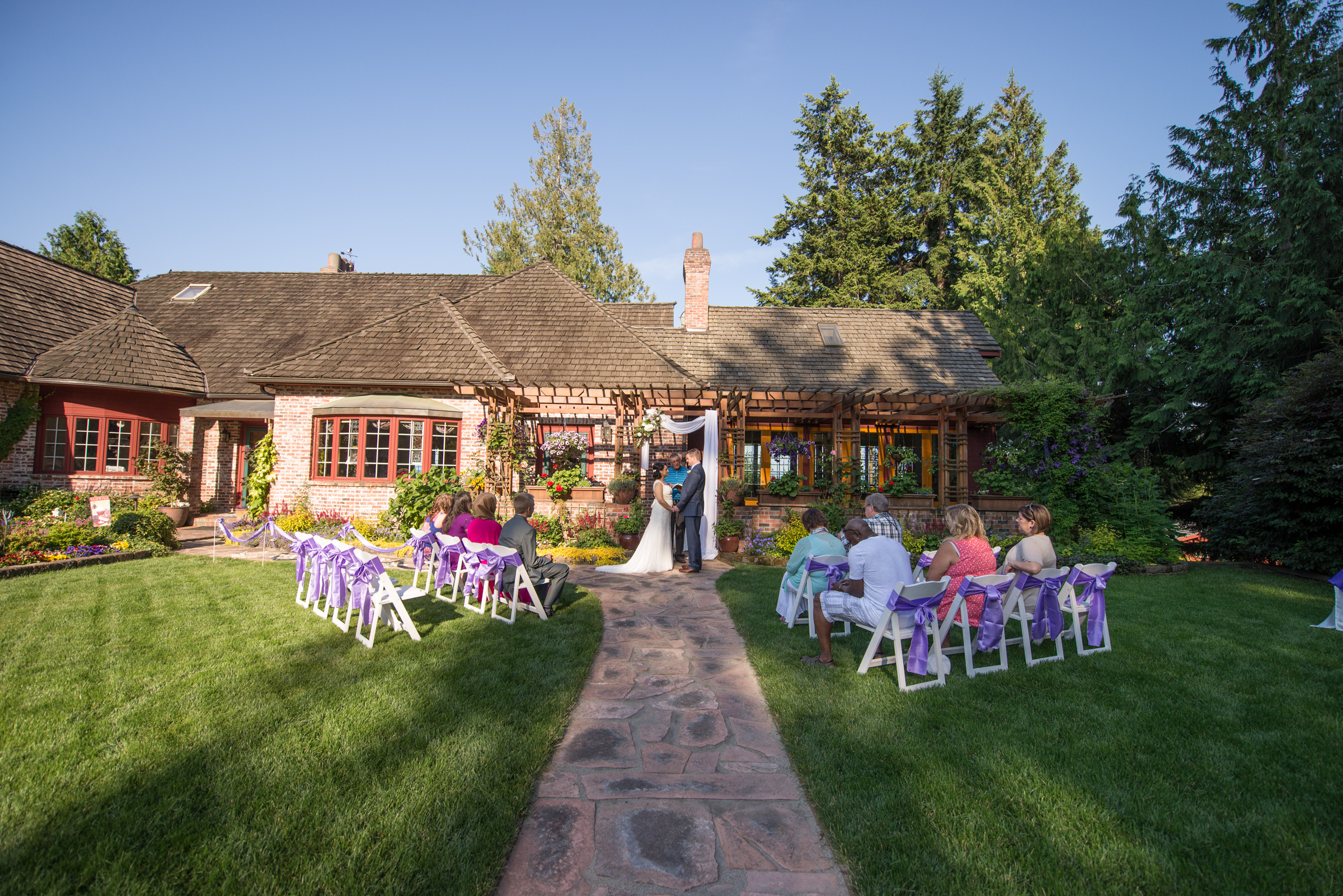 Wedding backyard ceremony