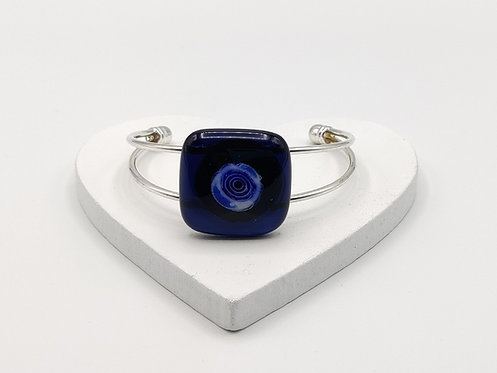 Very Dark Blue with Lighter Blue Circle Detail Bangle Bracelet