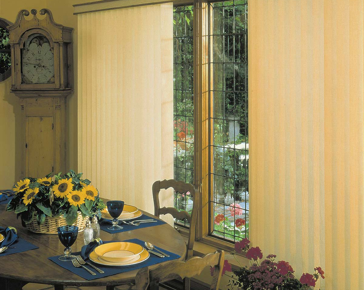 yellow-vertical-blinds-dining-room.jpg