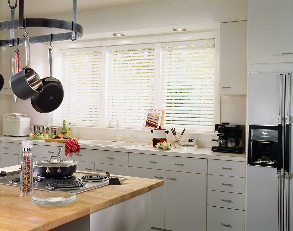 white-real-wood-blinds-kitchen-no-valanc