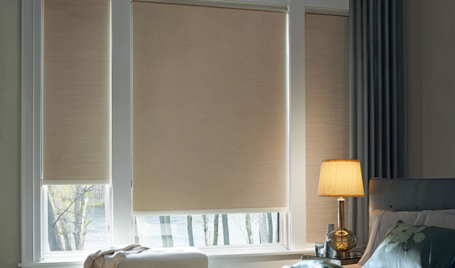 raise-and-shine-blinds-roller-shade-brun