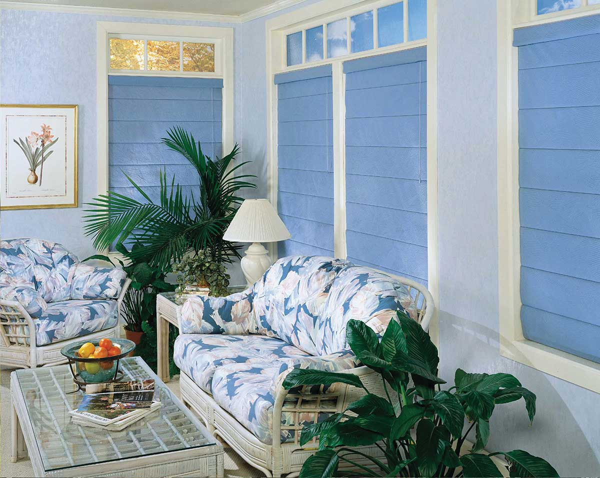 blue-plain-classic-pleated-roman-shades.