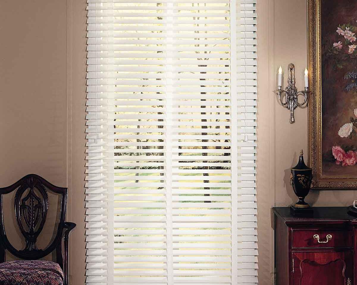 white-real-wood-blinds-white-tape-valanc
