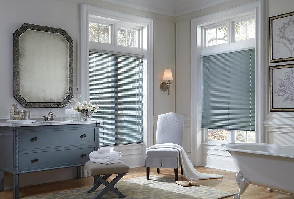 faux wood blinds moisture resistance in bathroom