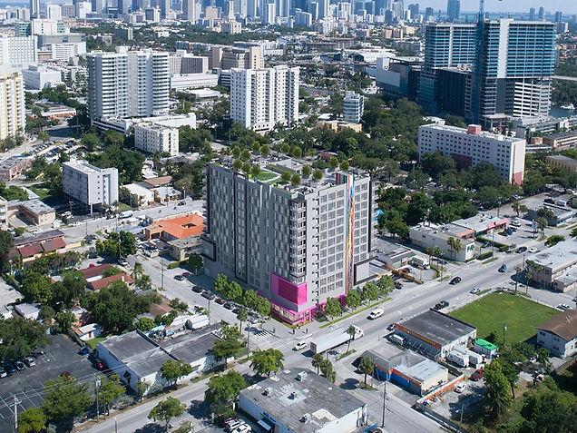 17-allapattah-miami-apartments-roller-wi