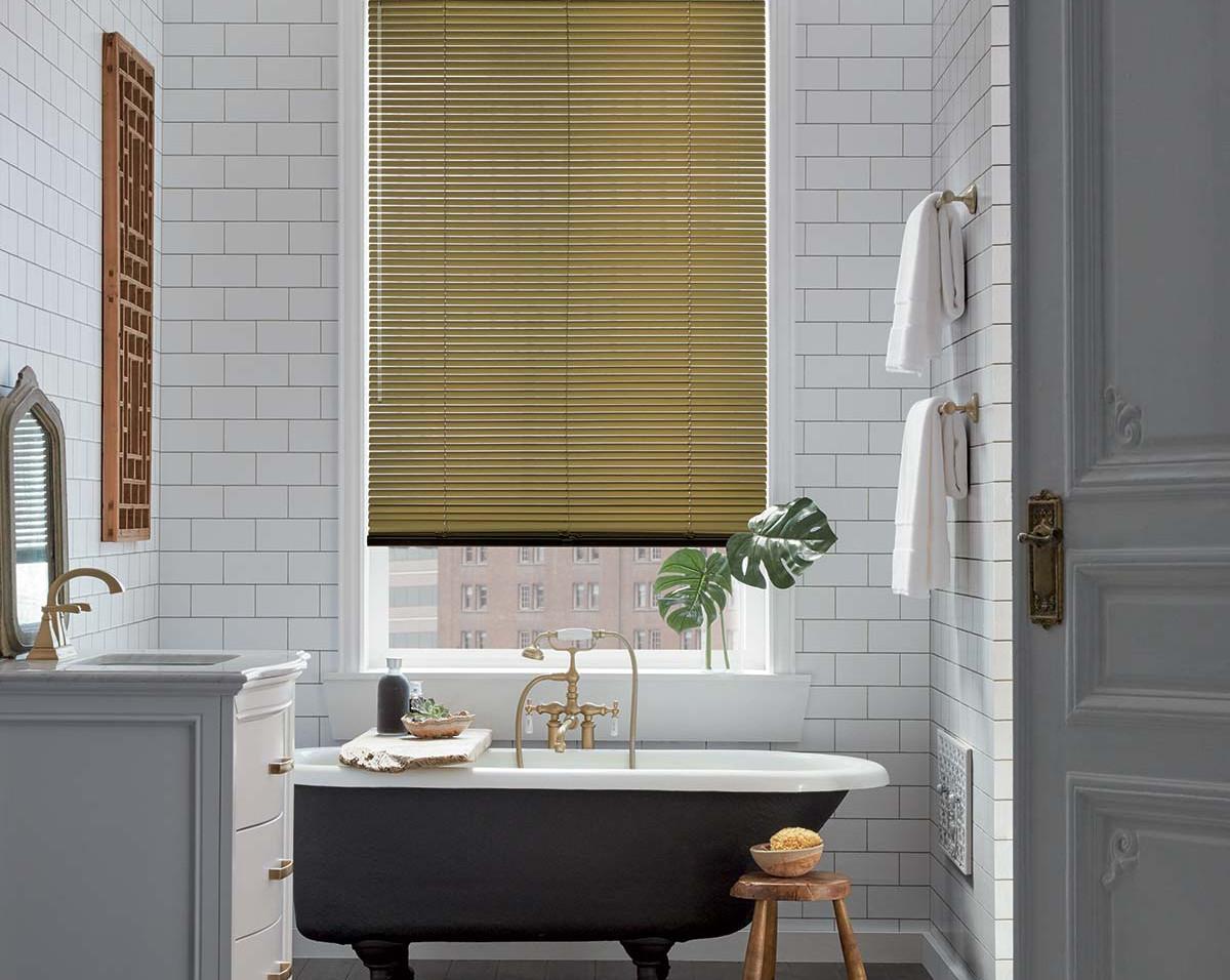 2017_MPM_SL_Aluminum-Blinds_Bathroom.jpg