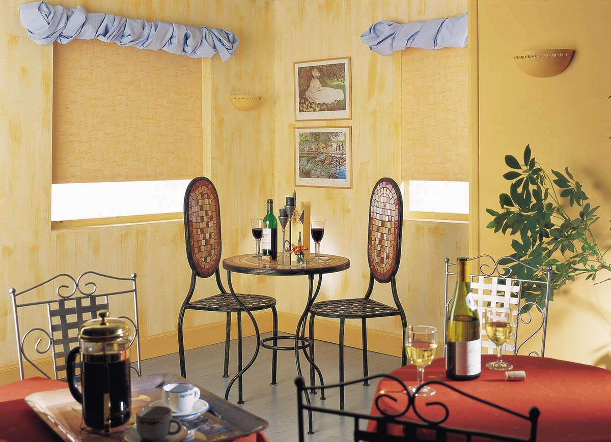 yellow-roller-shades-restaurant.jpg