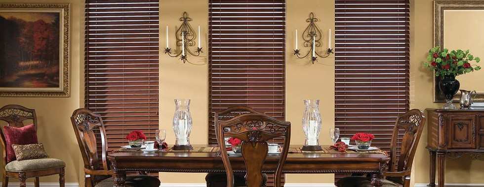 dark-brown-faux-wood-blinds-dining-room.
